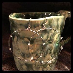 Silpada hoop earring. .925 sterling silver